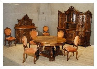 Sala da pranzo completa con tavolo rotondo allungabile  Antiquariato su Arsantik