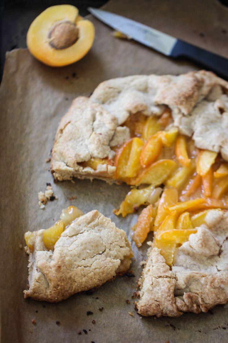 apricot crostata.
