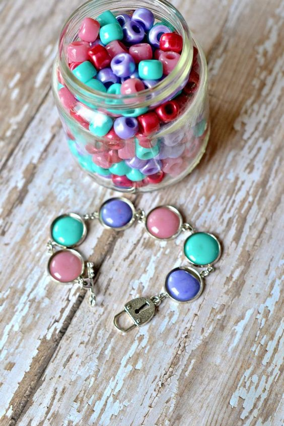 The Life of Jennifer Dawn: Melted Pony Bead Jewelry