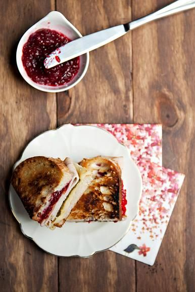 Thanksgiving Recipes : Turkey cranberry green chile sandwich recipe