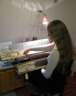 Neulekone, knitting machine, Helmineule, Helmi Knitwear, yritys, business, yrittäjä, entrepreneur