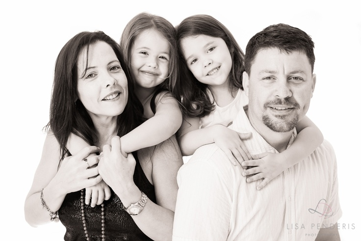 Studio Family Photography by www.lpphotography.net