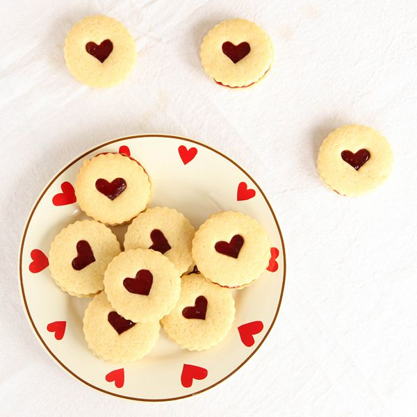 Homemade Jammie Dodgers | pizzarossa