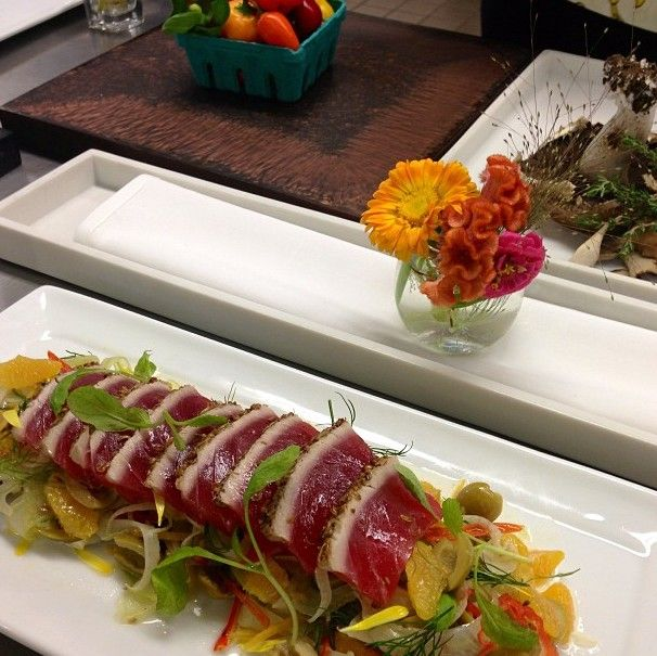 Tuna, Fennel, Olives and Pickled Chillies unite gorgeous #Fall colors on our plate