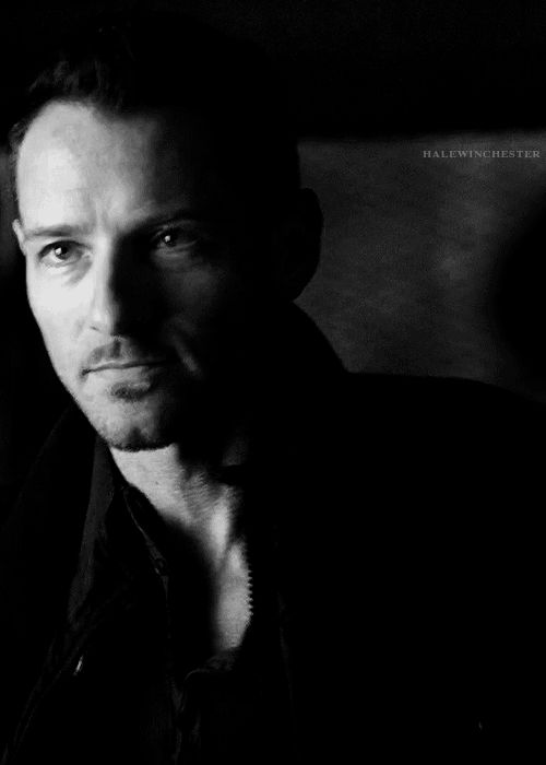 "Another pinner: ""Peter Hale...grrrr ! <3<3<3"" ~ I agree."
