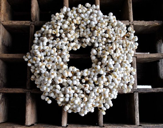 White Tallow Berry Wreath. Deciduous Chinese tallow trees were first brought to South Carolina in the 1700s. AKA: Chicken tree, Florida aspen, popcorn tree,  vegetable tallow, white wax berry, candleberry