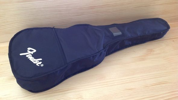 Product review. Fender ESC80 gutar bag. Great little student guitar for children aged between 7-10 years.