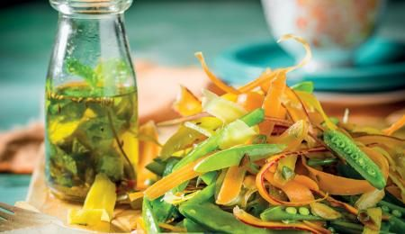 A fabulously crunchy salad to enjoy in winter.