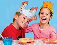 Bricolage enfant : deux couronnes des Rois faciles à fabriquer