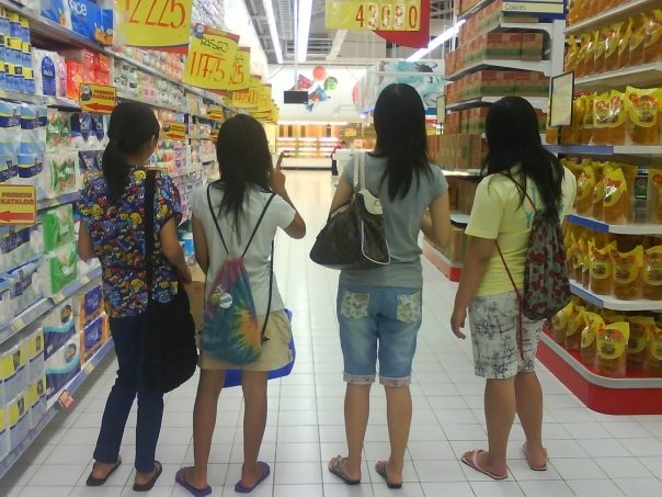 funny, but yeah we'd like to shopping together or just hung around at the carrefour.. haha