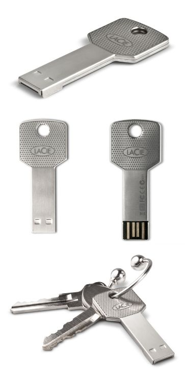 Also a good christmas present - USB-stick in the form of a key