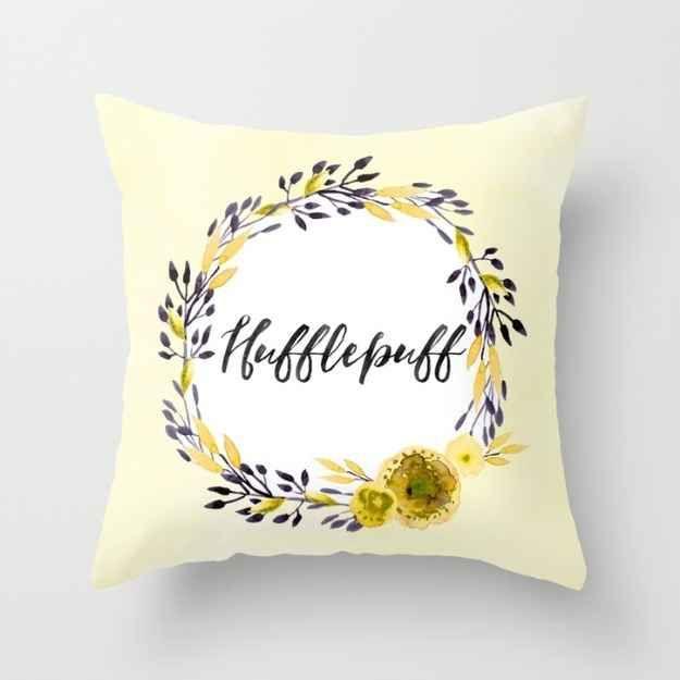 This lovely pillow full of Hufflepuff pride.