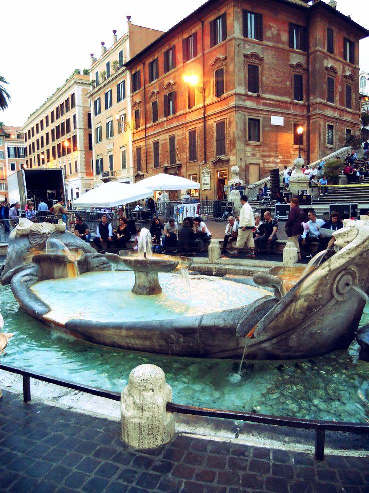 Spanish Steps, Fontana della Barcaccia