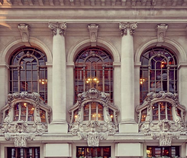 The New York Yacht Club Located At 37 West 44th Street In Midtown Manhattan The Six Story Beaux Arts Landmark With A Nautical The