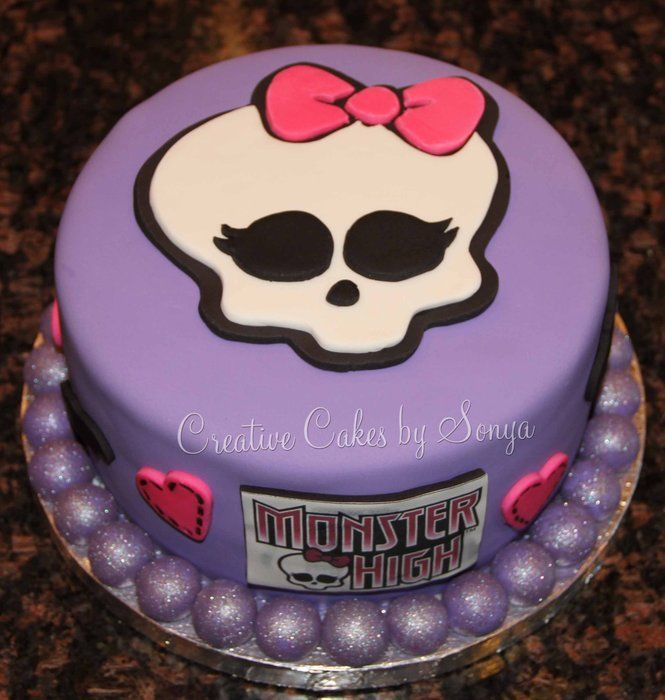 176 best Monster High Cakes images on Pinterest Monster high cakes