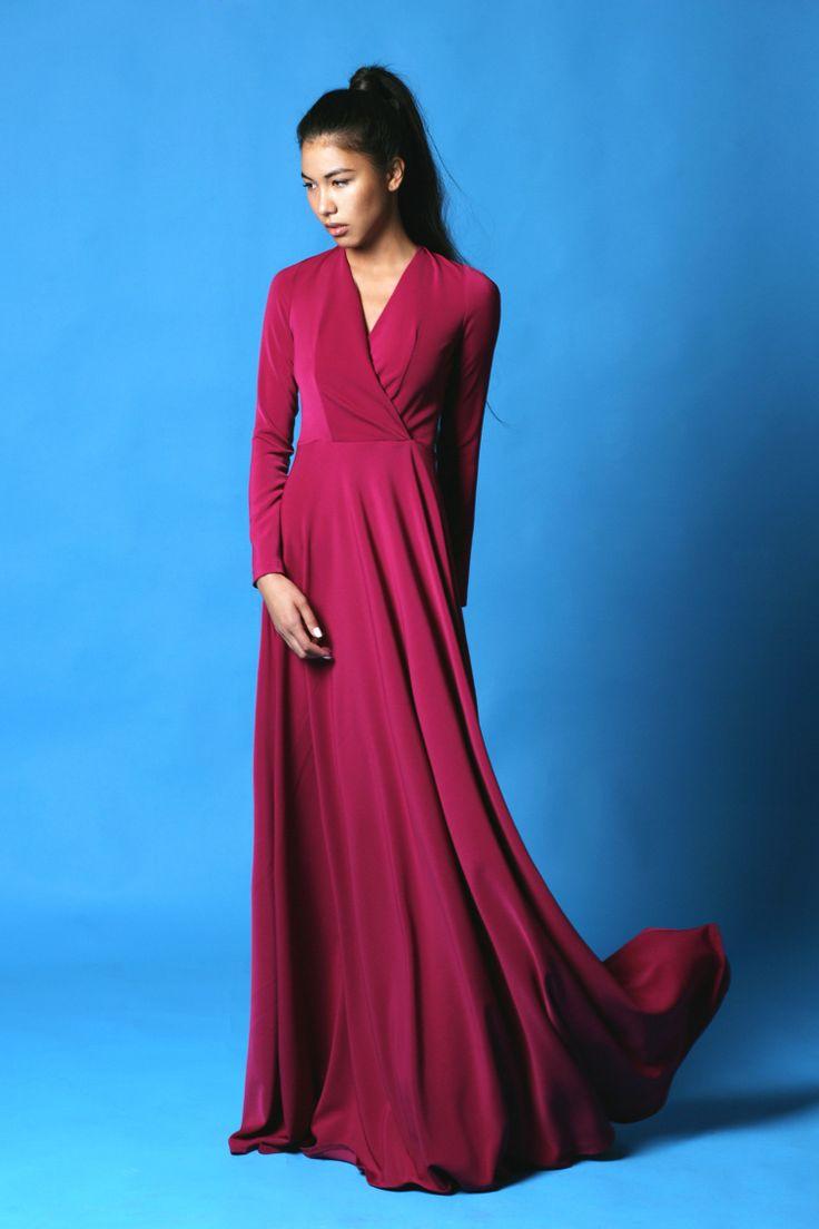 Вечернее платье в пол малиновое -