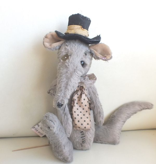 """""""Mr Peculiar"""" the Victorian sewer rat by Ragtail n Tickle."""