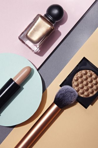 produits de maquillage Photos - #makeup #artdirection
