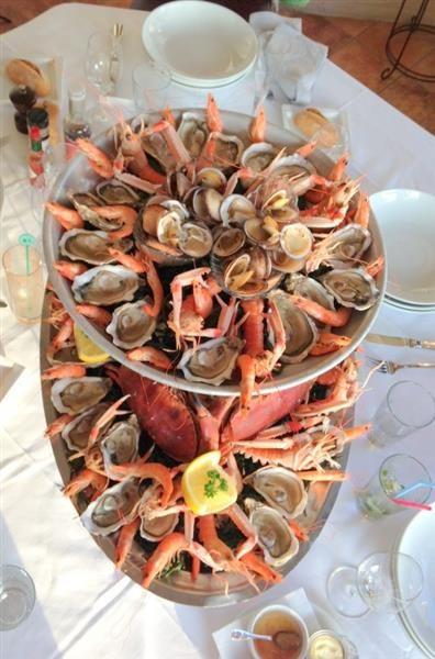 Une envie de fruits de mer ? Le Restaurant du Bellevue - Restaurant gastronomique à Villerville, Deauville Honfleur avec vue panoramique sur la mer - Bellevue Hotel #hotel #restaurant #crevettes #riz #frais #faitmaison #plage #borddemer #logis #normandie #normandy