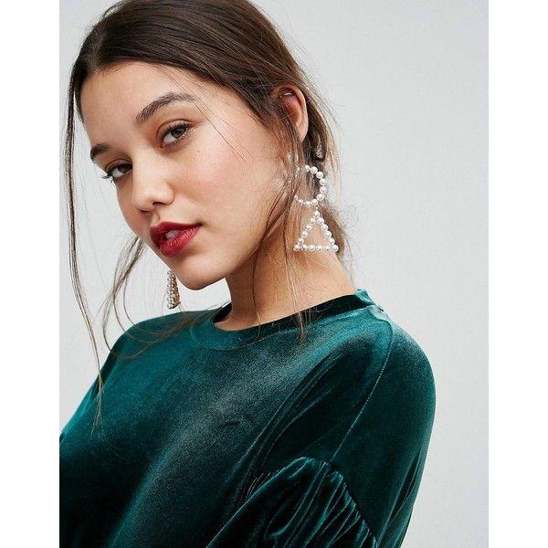 ALDO Statement Pearl Earrings (1.115 RUB) ❤ liked on Polyvore featuring jewelry, earrings, white, bullet earrings, aldo, bullet jewelry, earring jewelry and pearl jewellery