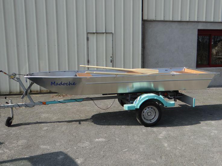 Barque de pêche Bark Barca da pesca Barco de pesco Barque en aluminium Barque légère Barque soudée Barque à fond plat Barque haut de gamme Barque design Barque d'occasion Brigantino a palo Barque alu Kleines fisherboot Kleine visserboot Modèle 4000 (Embarcation baptisée !)