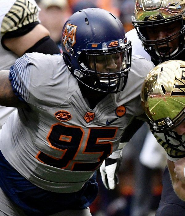 49ers Met With Dt Chris Slayton At Syracuse Pro Day Nfl Scouting Combine 49ers Slayton