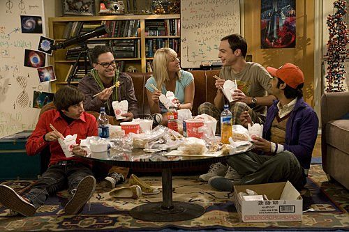 Still of Kaley Cuoco, Johnny Galecki, Simon Helberg, Jim Parsons and Kunal Nayyar in The Big Bang Theory