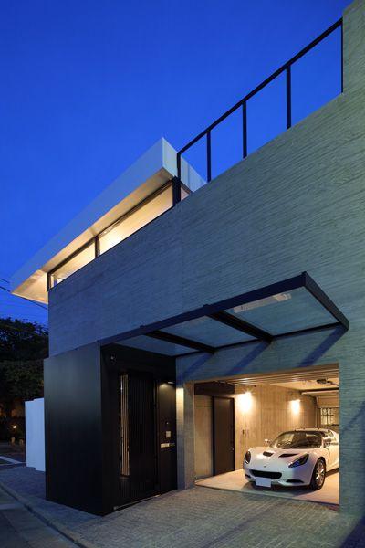 ガレージハウス|コンクリート造・RC造の家|デザイナーズハウス・注文建築・自由設計・建築家|アーキッシュギャラリー(東京・名古屋・大阪)Achish&Gallery