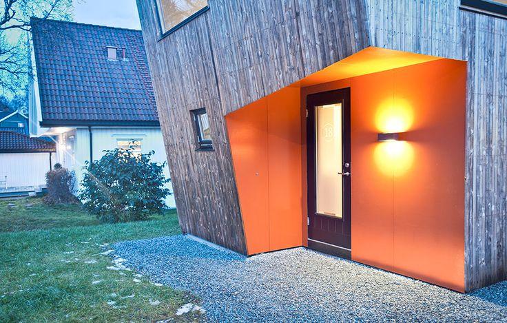 Luftigt av Tyin Tegnestue, foto av Pasi Alto – http://www.tidningentra.se/notiser/luftig-tillbyggnad-sticker-ut #arkitektur i #trä