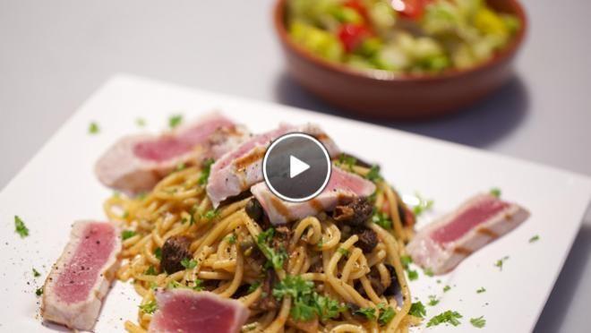 Spaghetti con tonno e funghi secchi - spaghetti met tonijn en gedroogde paddenstoelen - Recept | 24Kitchen