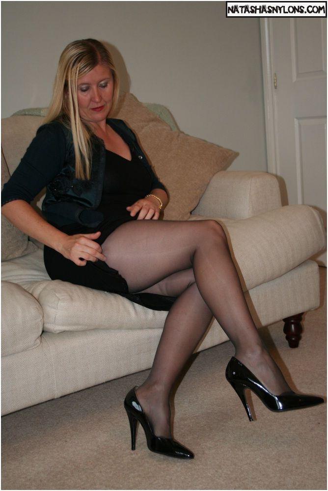 Had pantyhose tights stockings gallery video who
