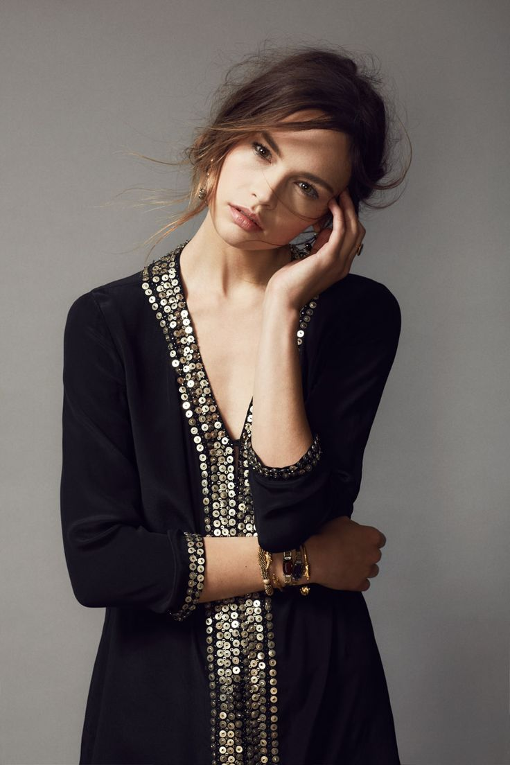 Dazzle at your holiday #soiree