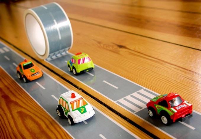 Zelfklevende Autobaan - 33 meter lang, met auto | Jongenskamer Muurstickers | allemaalstickersenzo