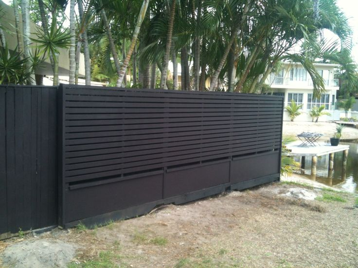 Looks good if you have something to hide gates and fences pinterest black fence and gates - Garden ideas to hide fence ...