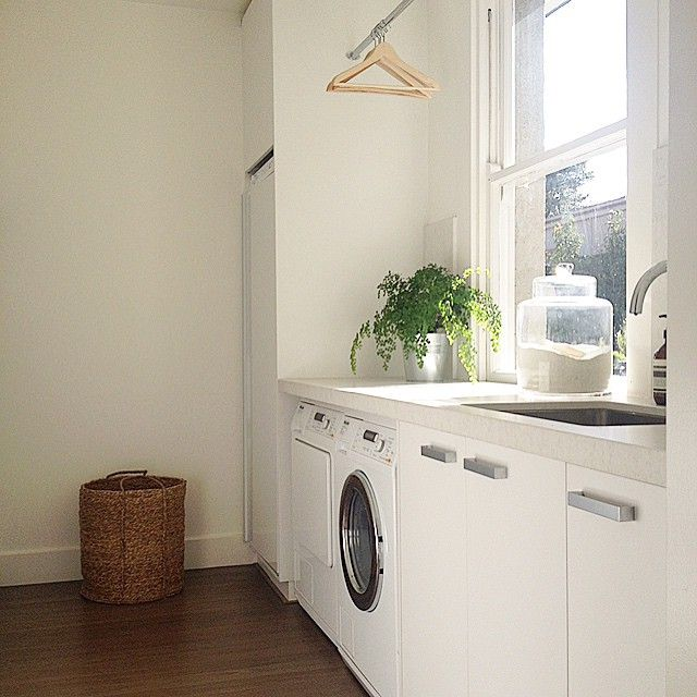 Here's a shot from one of my Reno projects (which I will continue to do). Actually makes me want to wash and iron. #renovating with @recipesfordesign  #interiors #laundry #inspo
