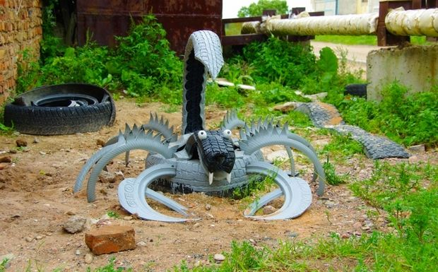 Tire recycling ideas -22 animal garden decorations. These are AWESOME!!
