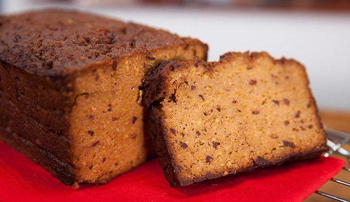 Natvia's Orange and Almond Cake