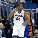 Defense balanced scoring lifts UConn in American title game (Yahoo Sports)