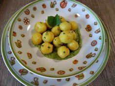 Gnocchi alla curcuma ripieni di provola affumicata su crema di zucchine - Celiachiamo con gusto