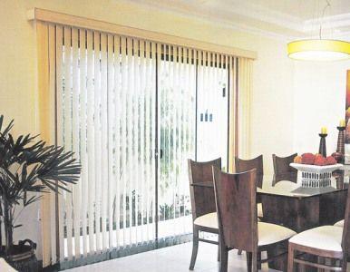 modelso de persianas verticais para sala
