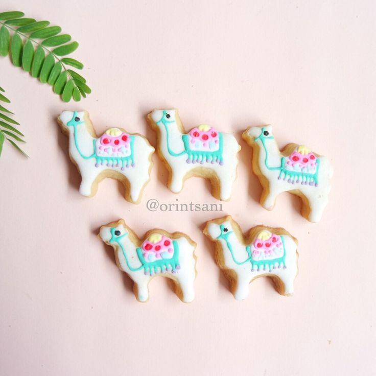 Eid Mubarak - Camel Cookies