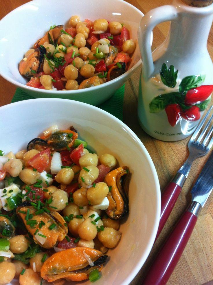 Las recetas de Martuka: Ensalada De Garbanzos Con Mejillones A La Vinagreta