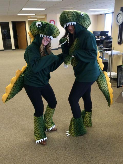 ROAR - Homemade T-Rex Costume :http://www.coloradoanne.com/roar-homemade-t-rex-costume/