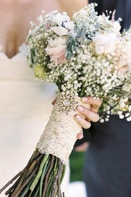 bridesmaids and my bouquet lace and brooch