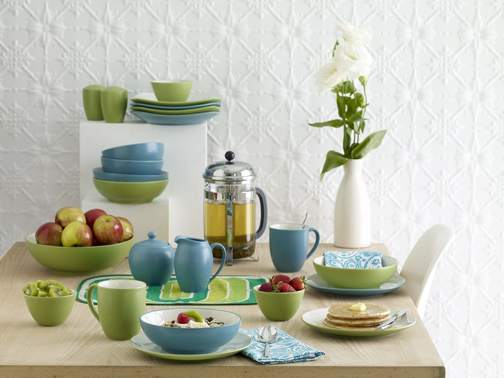 Noritake Colorwave Turquoise & Apple Green <3<3