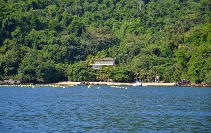 Faz-me RIR !!! :-))) João Roberto Marinho nega ligação com mansão em Paraty e empresas