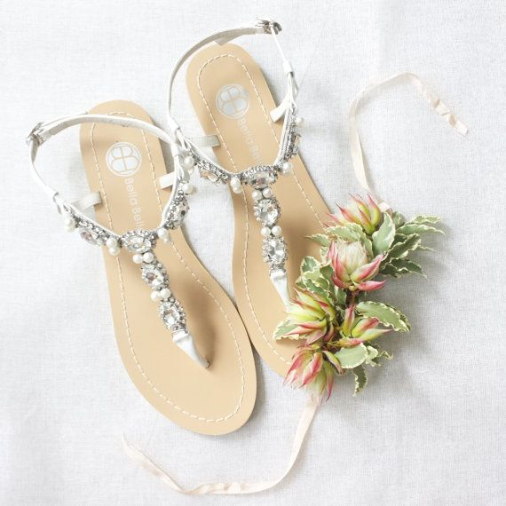 Sandals for Beach Weddings | Dress for the Wedding