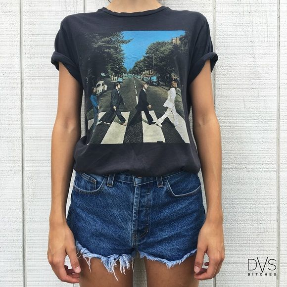 UO | The Beatles T-Shirt UO | The Beatles T-Shirt ⚡︎ DETAILS:  ⌁ BRAND: urban outfitters ⌁ COLOR: black + graphic ⌁ FEATURES: the Beatles album cover ⌁ CONDITION: gently used ⌁ CONTENT: 100% cotton  ⌁ CARE: machine wash cold ⌁ SIZE: small 