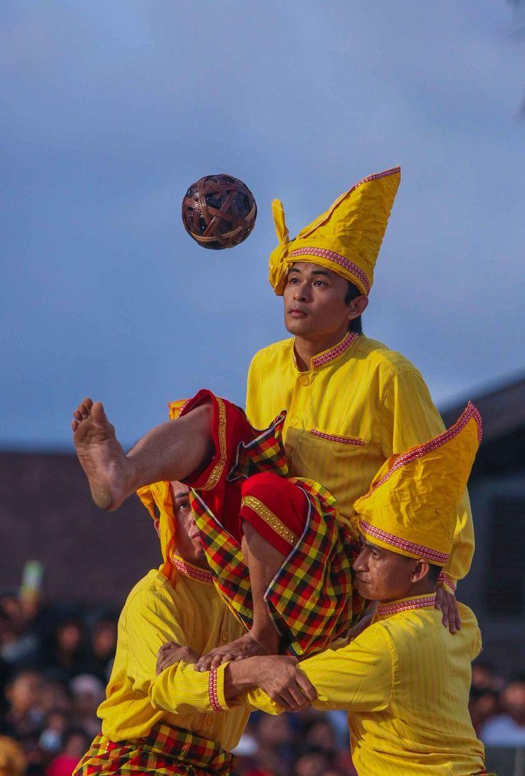 Sepak Raga, salah satu Budaya Tradisional Suku Makassar