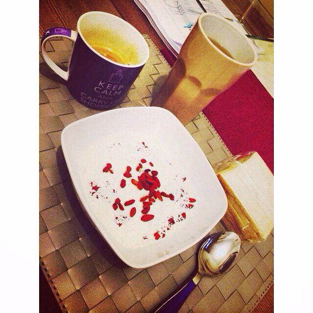 #Spuntini #sani! ;) #ileniatrifiletti #personaltrainer #personaltraining #pt #roma #health #healthy #goji #fitgirl #food #foodporn #instafit #instafood #instagood #instahealth #instafitness #picoftheday #photooftheday #weekend #wellness #loveyourself #eatclean #eathealthy
